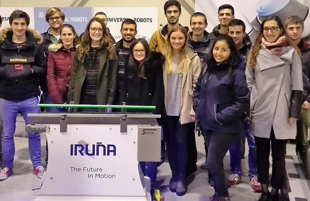 Visita a Iruña de alumnos de ingeniería de la UPNA